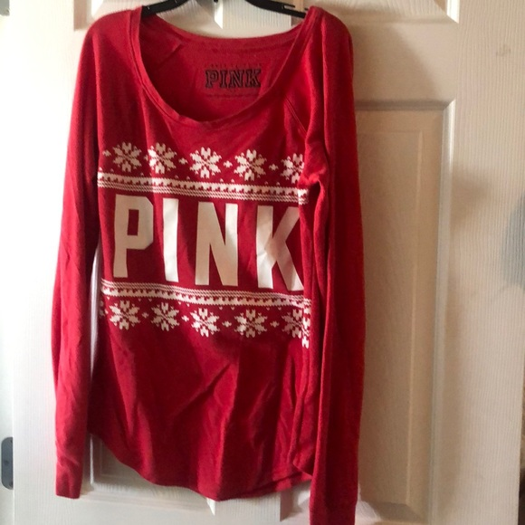 PINK Victoria's Secret Other - Christmas shirt